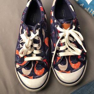 Super cute Coach Barrett sneakers